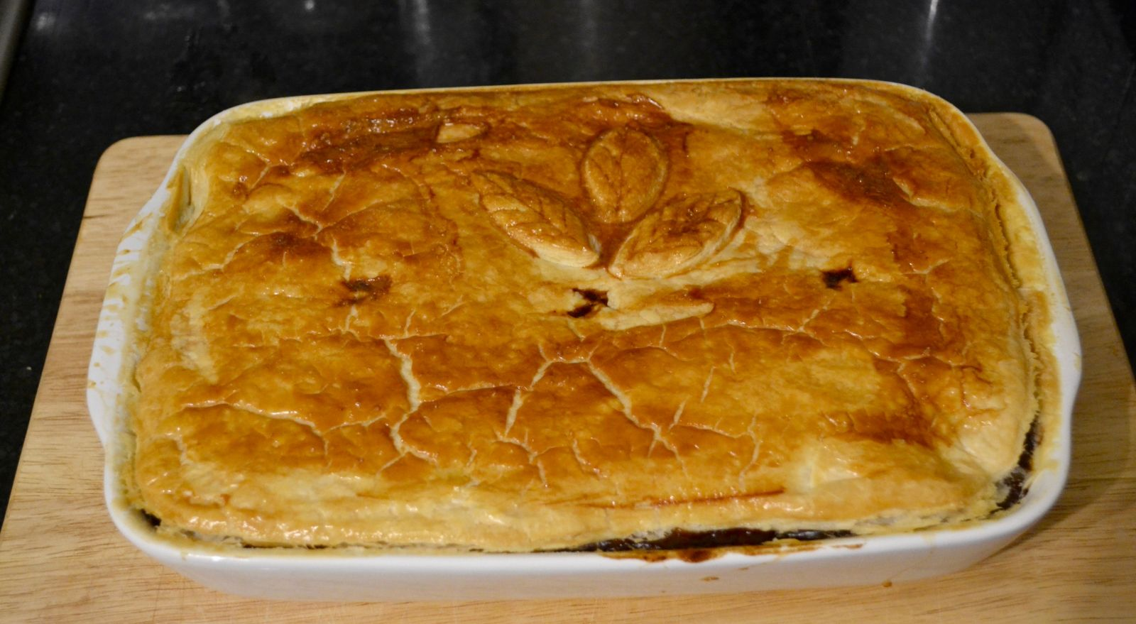Recipe: Melt-In-The-Mouth Slow Cooker Steak Pie - A Girl ...