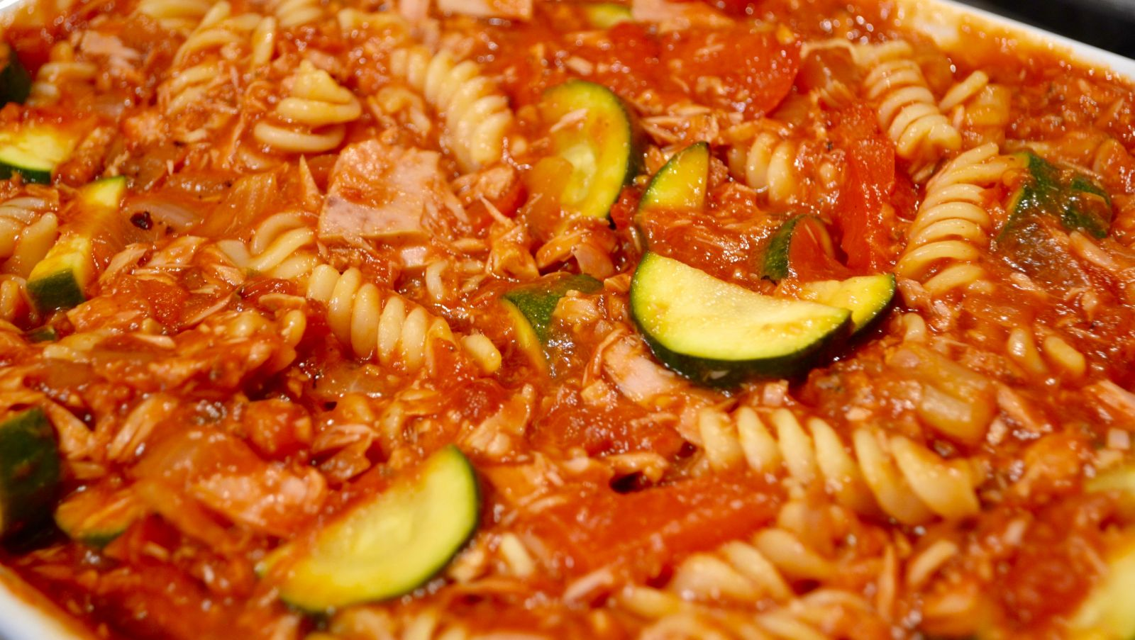Recipe: Simple & Healthy Tuna Pasta Bake!