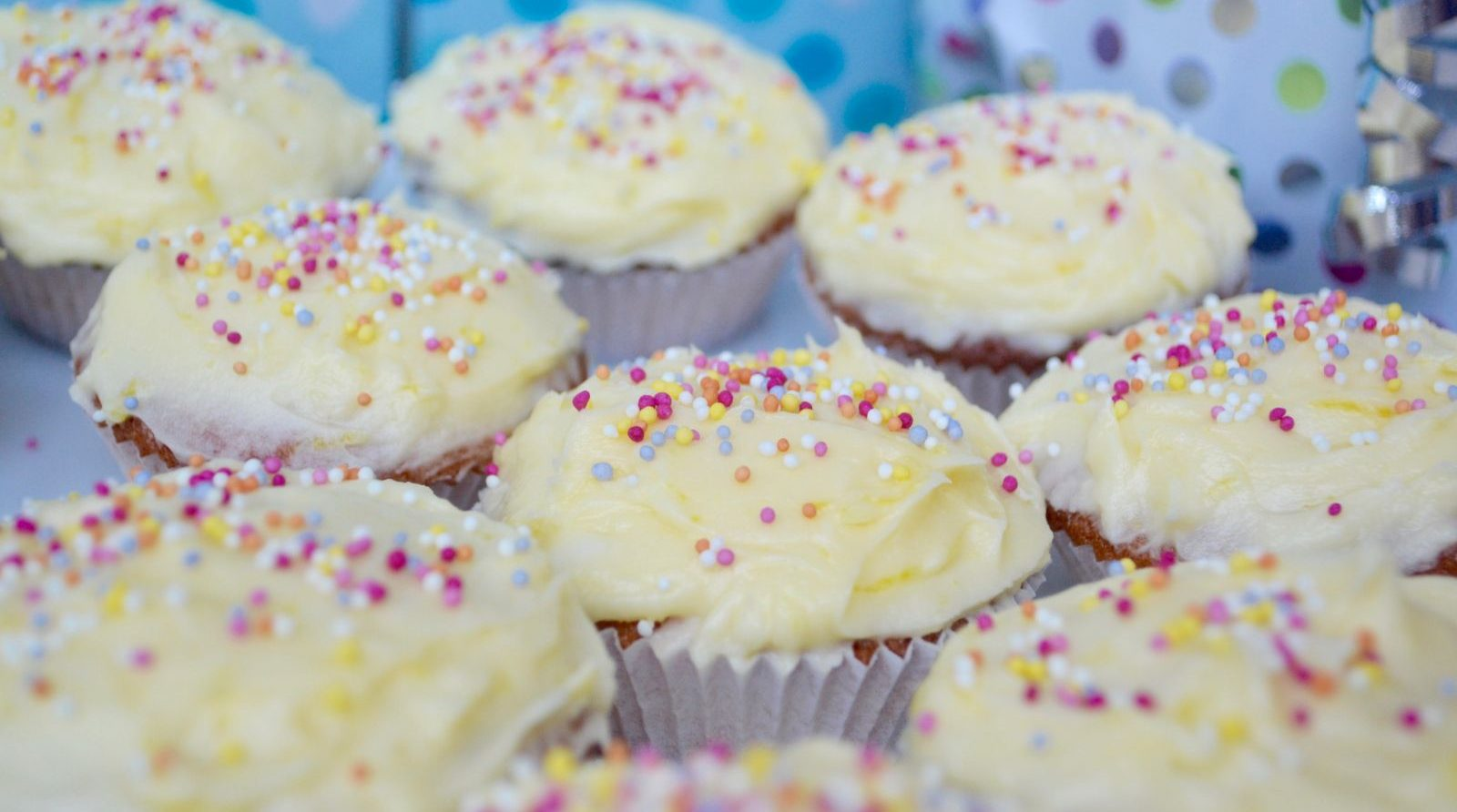 Recipe: Tangy Lemon Cupcakes
