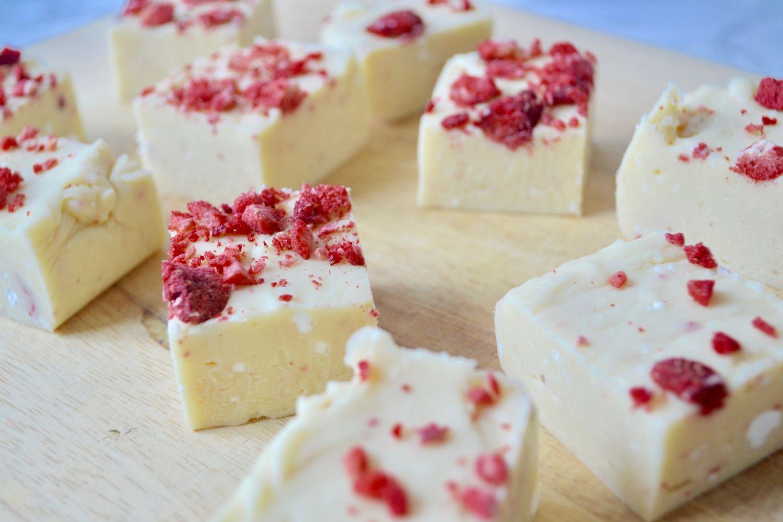 Recipe: Strawberry & White Chocolate Fudge